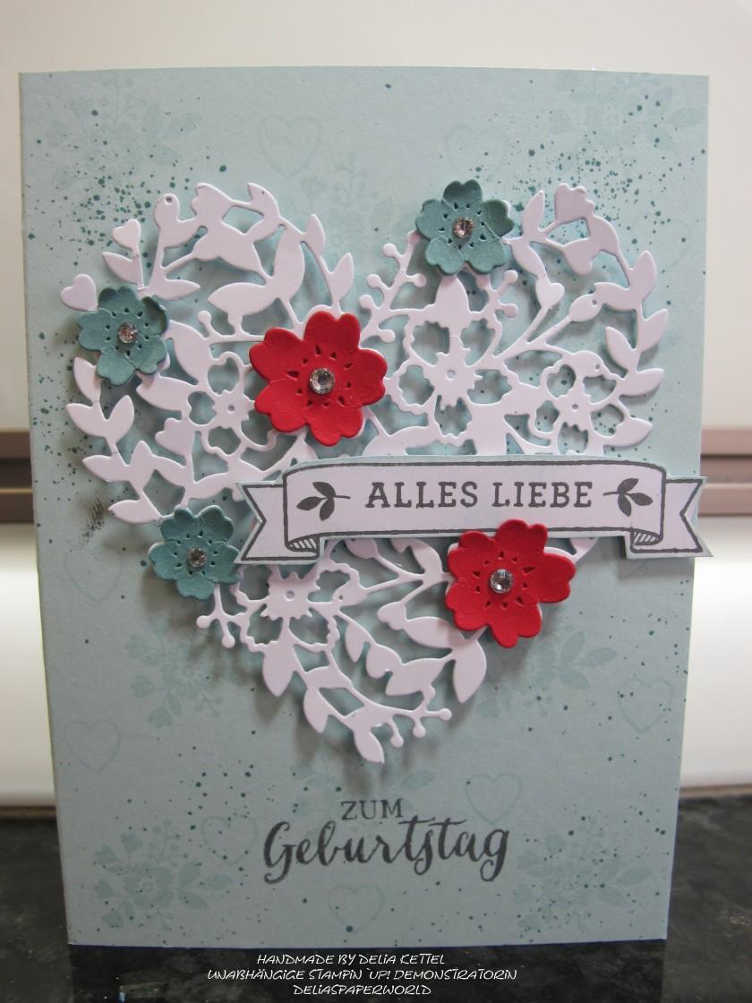 Blühendes Herz 1 by Delia Kettel